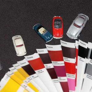 Die originalen Farbtöne werden recherchiert, auf neuestem Stand gemischt und lackiert.