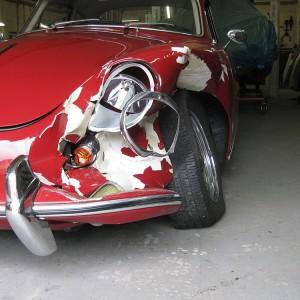 Anlieferung des beschädigten Fahrzeuges